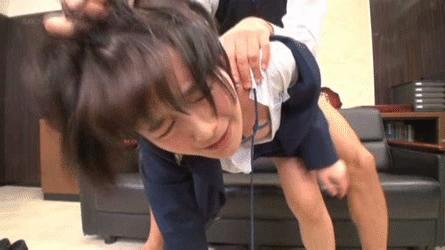 【エロGIF】女子●生が陵辱されまくるエロGIF画像がチンポビンビンに勃起するwwww