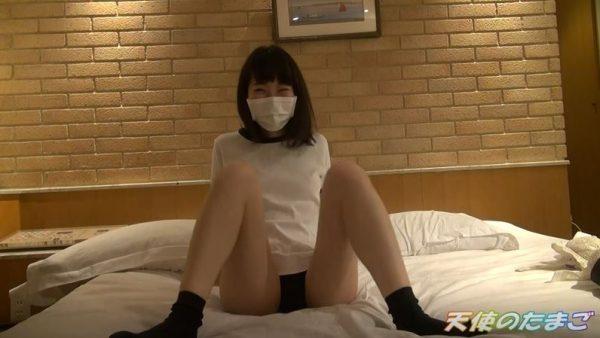 【アカン…】低身長の制服JKとハメ撮りした問題の映像が販売される…。(画像あり)・18枚目