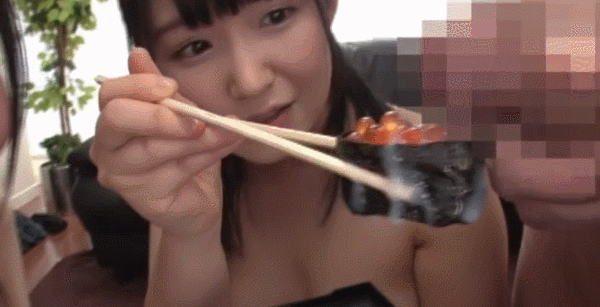 食べ物にザーメンをぶっかけ食ザーと称して食べるまんさんwwwwwwwwwwwwwww(GIFあり)