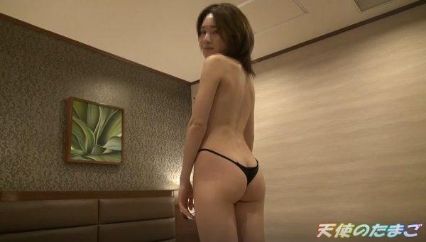 【エロ動画】清純に見えてTバックの素人娘、本気のセックスをご覧くださいwwww・22枚目